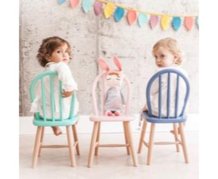 70159129a12edabf03f1ccd776d09636 painted kids chairs chairs for kids, מכוניות לילדים, ריהוט, יצירות לילדים קטנים, סקייטבורד לילדים