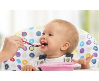 ThinkstockPhotos 186251243 i, משחקים לגיל הרך playgro, משחקי התפתחות, משחקי התפתחות לתינוקות, משחקי התפתחות לגיל שנה